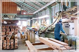 製材加工場-2_s